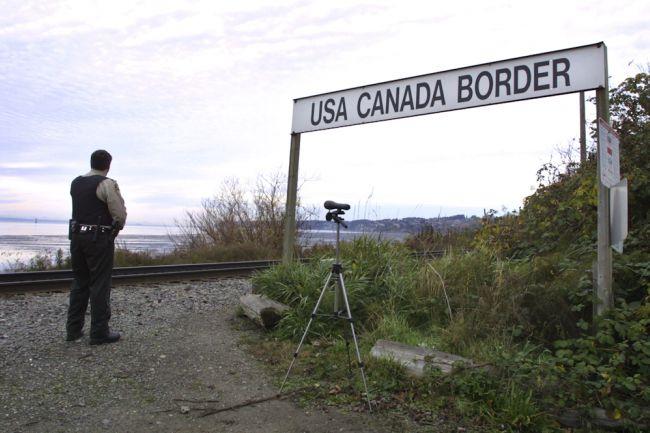 الحدود الكندية الامريكية
