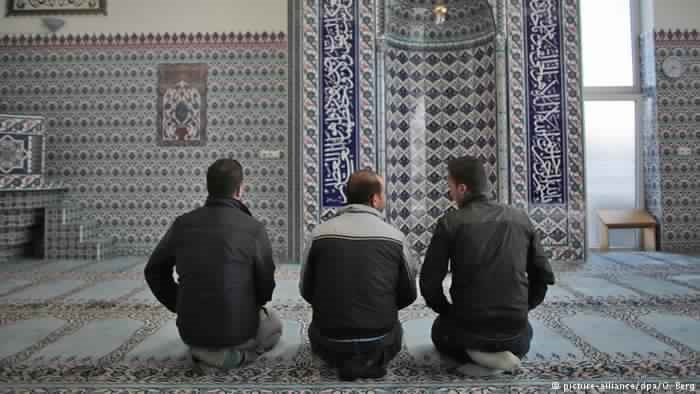 أختلافات بين المسلمين في ألمانيا